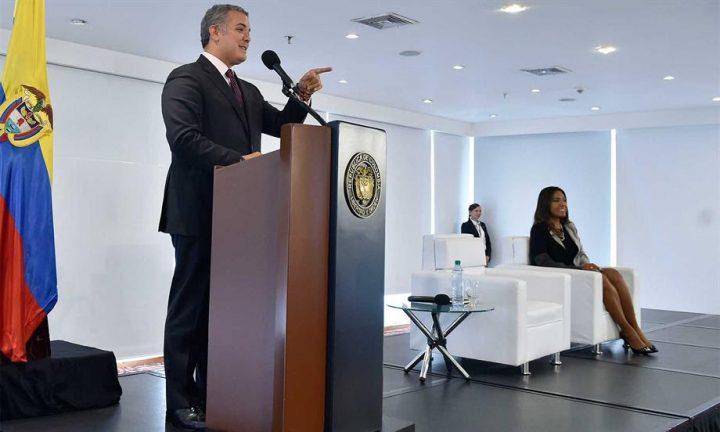 Presidente anuncia línea de crédito de Bancóldex, por 130 mil millones de pesos, para impulsar proyectos de Economía Naranja