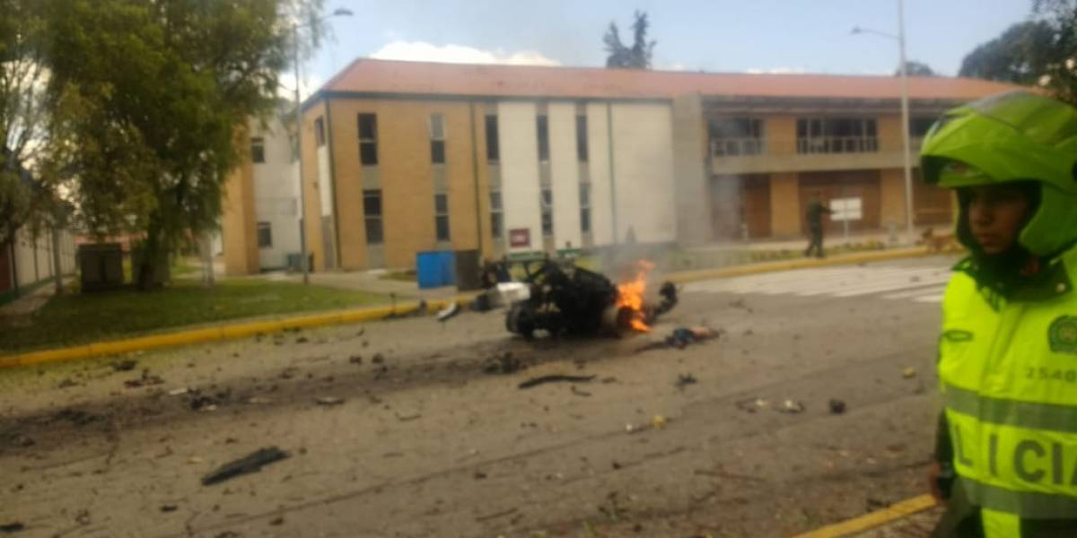 Reportan posible carrobomba frente a la Escuela de Policía General Santander