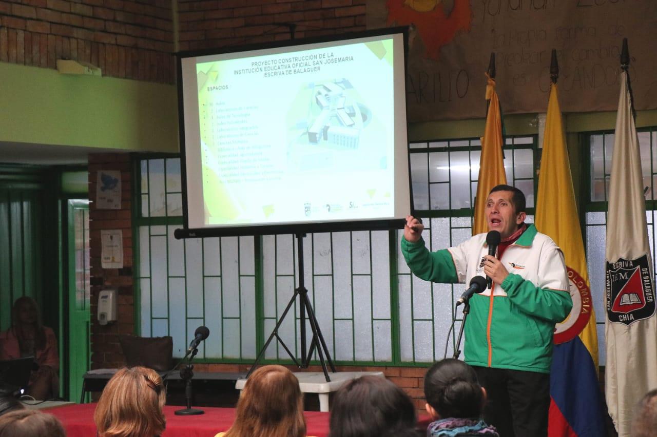"""""""En 10 días arranca la construcción del nuevo colegio Josemaría Escrivá de Balaguer"""": Alcalde Donoso."""