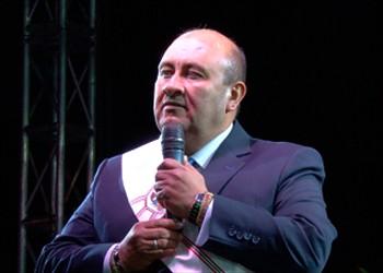 Denuncian al alcalde de Cota por video para favocer a familiar