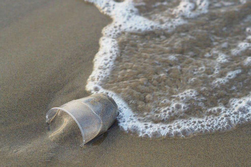 Presidente Duque sancionó Ley que prohíbe ingreso, uso y comercialización de plásticos en el archipiélago de San Andrés, Providencia y Santa Catalina
