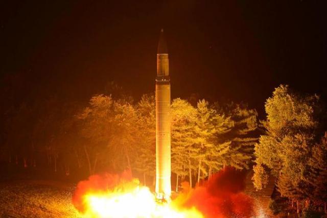 Pionyang lanza más misiles y amenaza a Seúl y Washington