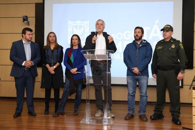 A 51 colados en TransMilenio les embargaron sus cuentas bancarias