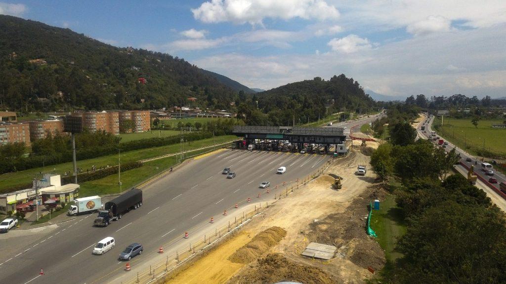 Alcalde de Chía fija posición en torno aumento de peaje