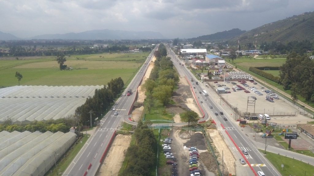 Puentes peatonales para la Autonorte