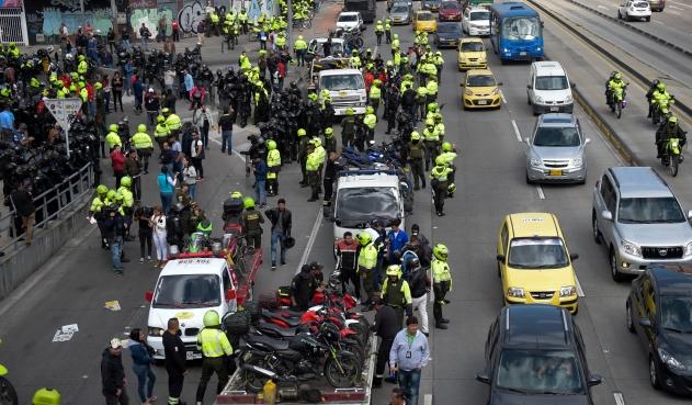 Suspenden 13.000 licencias de conducción en Bogotá