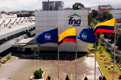 Sede principal del Fondo Nacional del Ahorro (en Bogotá) podría colapsar