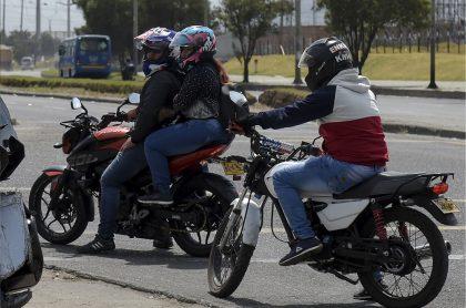 Ojo, motociclistas! Desde hoy no podrán salir de Bogotá por el peaje Andes (Autonorte)