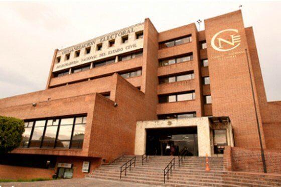 ¿Por qué persiste el lío por la elección del nuevo magistrado del CNE?