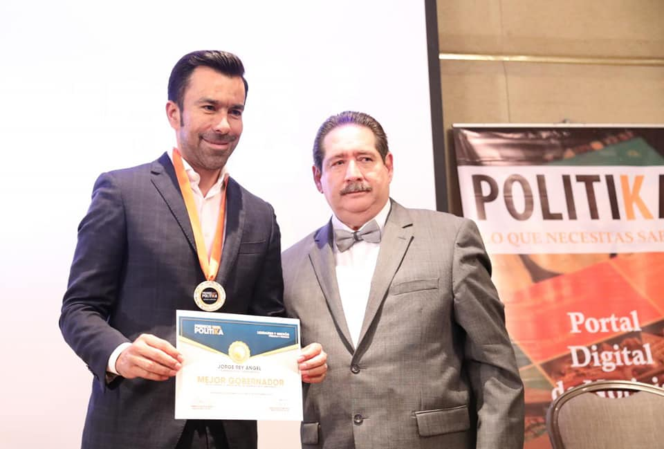 Portal Polítika entregó a Jorge Rey reconocimiento a mejor Gobernador del país