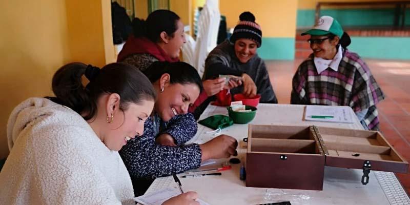 Se entregó capital semilla para 20 iniciativas locales de emprendimiento