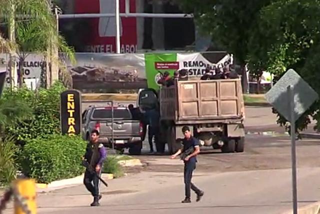 Captura de hijo del Chapo en México desata oleada de violencia