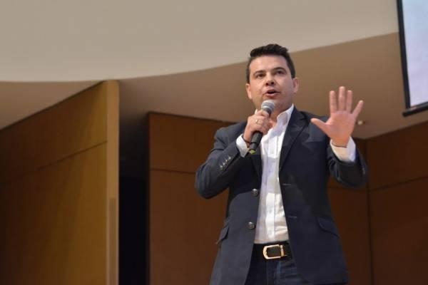 """""""Seremos ejemplo de ciudad- región"""": Nicolás García, gobernador electo de Cundinamarca"""