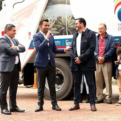 $18.500 millones invirtió gobierno cundinamarqués en 48 vehículos compactadores entregados