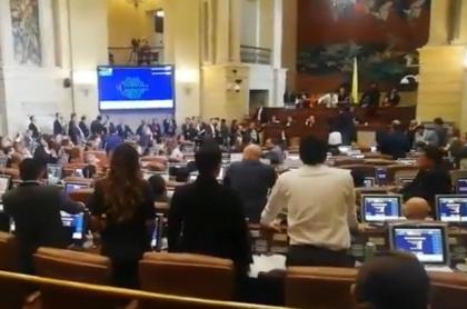 Se armó la grande en pleno debate de la reforma tributaria, en el Congreso