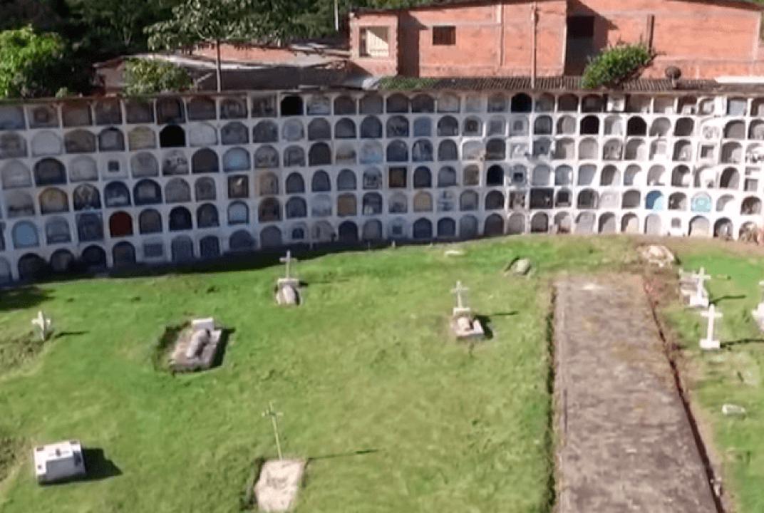 Hablan sepultureros de cementerio en Dabeiba sobre fosa donde habría víctimas de falsos positivos