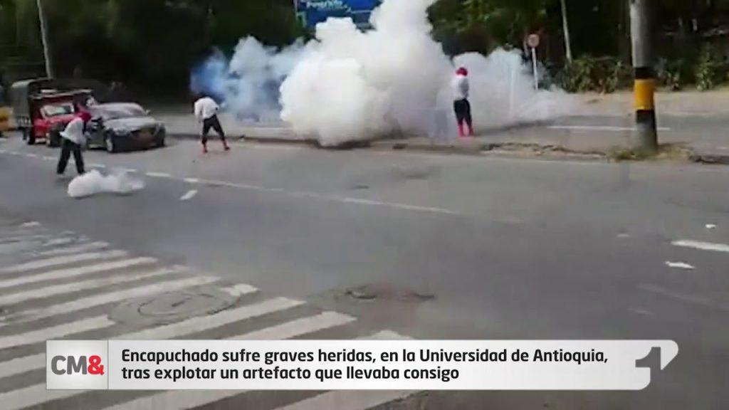 Encapuchado sufre graves heridas, en la Universidad de Antioquia, tras explotar un artefacto que llevaba consigo