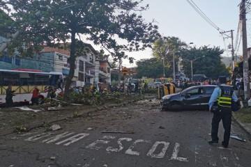 Choque múltiple en el barrio Pedregal deja varios heridos