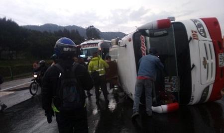 Lesionados en accidente de tránsito entre Zipaquirá y Cajicá, Cundinamarca