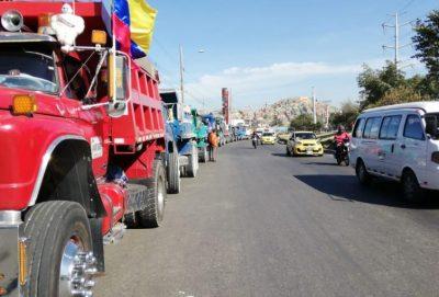 Afectados habitantes por paro camionero en Mosquera, Cundinamarca