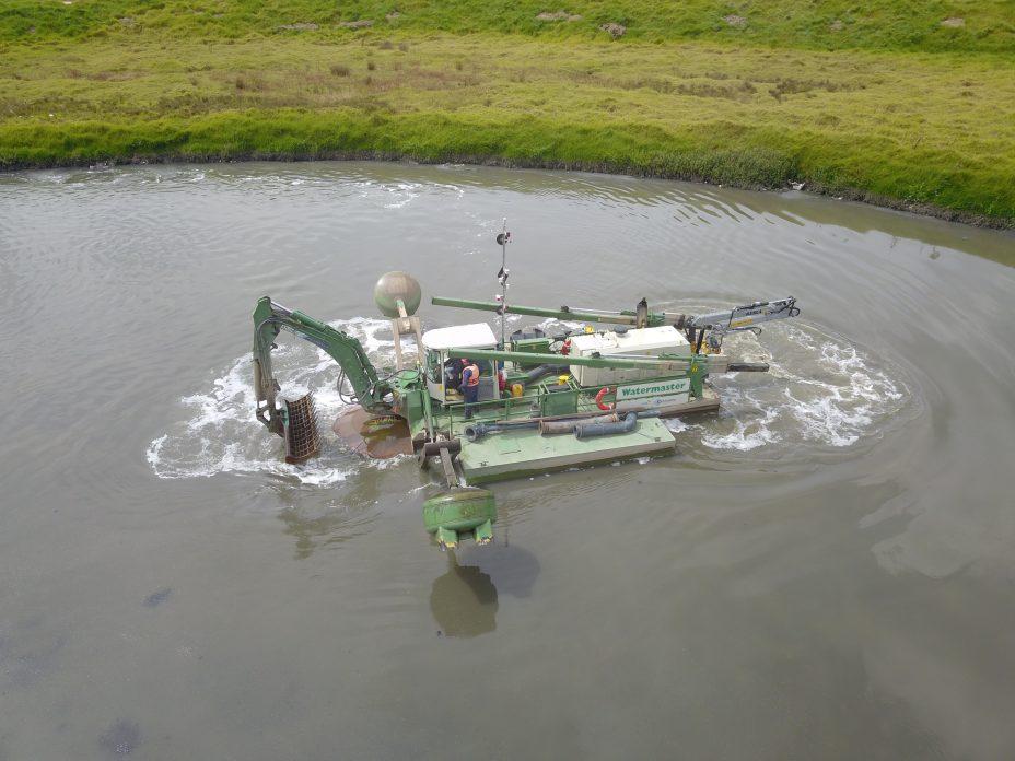 Con ésta poderosa maquina se proyecta descontaminar el Rio Bogotá