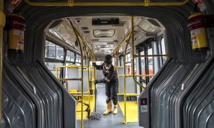Nuevas medidas de protección para trabajadores y pasajeros del sector transporte