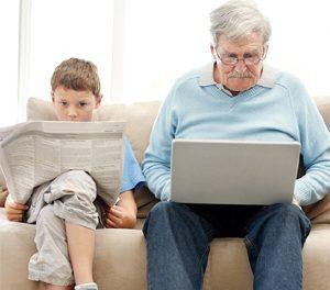 Iniciativa que busca intercambio de experiencias entre jóvenes y personas mayores