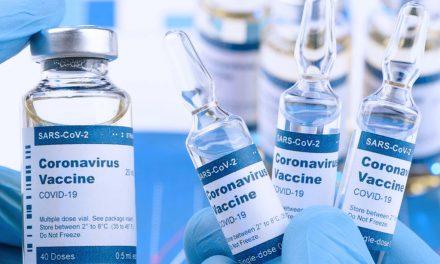 Al menos 100 millones de dosis de vacuna COVID-19 s esperan por parte de Pfizer este año