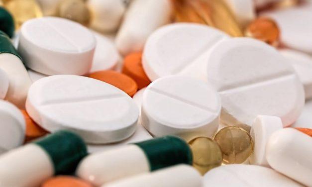 La Organización Panamericana de la Salud no recomienda usar medicamentos sin evidencia científica para tratar la COVID-19