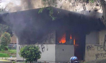 Jornada de manifestaciones con incendio en CAI del Verbenal