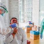 Cae el número de casos activos de coronavirus en Colombia