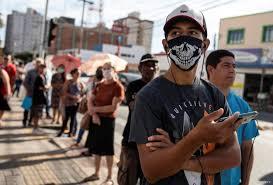 Muertes diarias por Covid en Colombia, por debajo de 200 este domingo