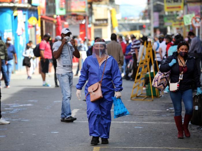 8.496 nuevos contagios y 151 muertes más por covid-19 en Colombia