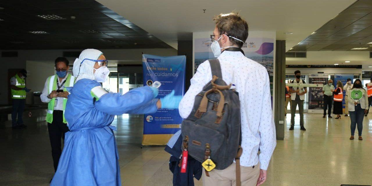 Ya hay operación internacional en ocho aeropuertos del país