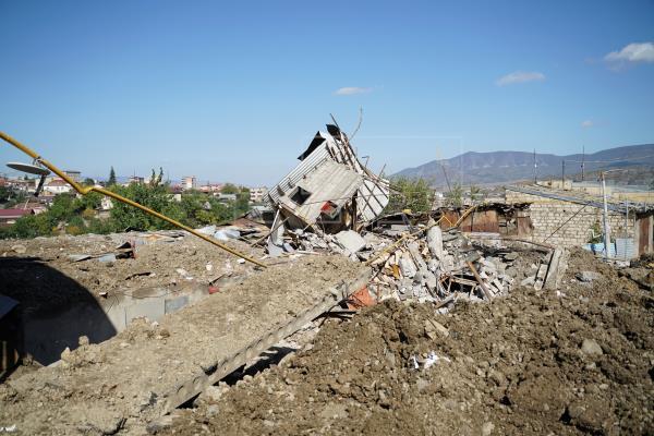 Azerbaiyán Armenia Combates Se recrudecen los combates en el Karabaj cerca de la frontera con Irán