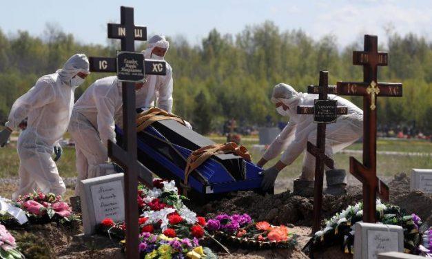 Morgues llenas exceso de muertes en Rusia