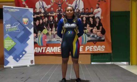 Con la pesista Karol Sánchez, Chía se mide en competencias internacionales
