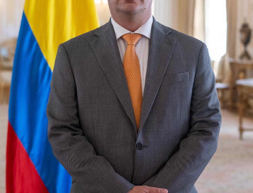 Felipe Buitrago se posesiona como Ministro de Cultura de Colombia