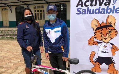 """Bicicrosista de Chía, recibió incentivo del programa """"Colombia en Bici"""