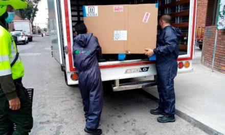En  video quedó el robo del vehículo para transportar vacunas en Bogotá